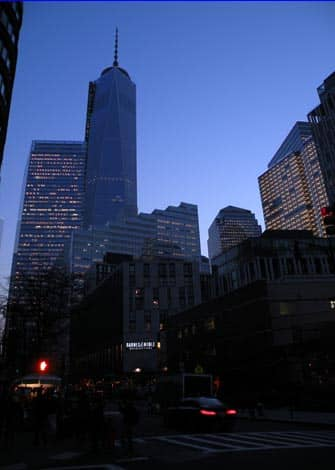 Башня Свободы Ночью