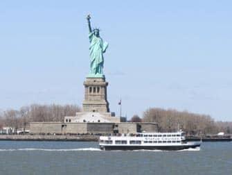 Explorer Pass Статуя Свободы