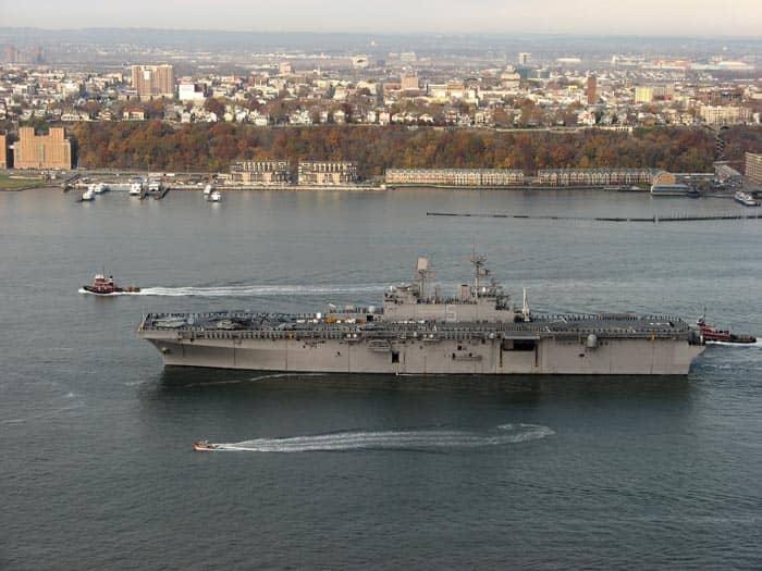 Корадль на неделе флота