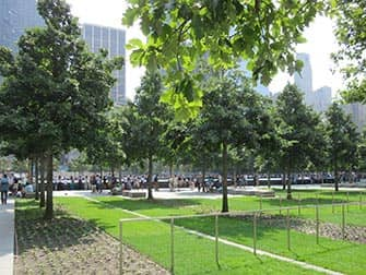 Парк мемориал 911 в Нью-Йорке