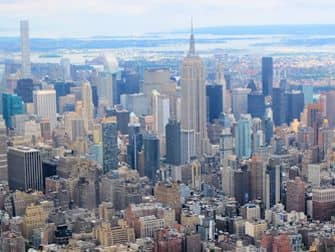 New-York-Helicopter-Tour-Empire-State-Building