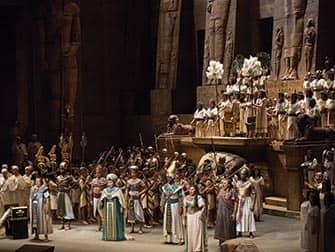 Опера в Линкольн-центре в Нью-Йорке - Aida