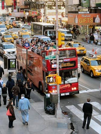 Тур Hop-on-Hop-off-Bus in New York - от Gray Line Red Bus