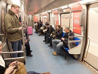 PATH поезда в Нью-Йорке