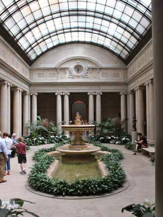 The Frick Collection в Нью-Йорке