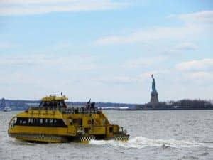 Прогулочный круиз Hop On Hop Off вокруг Нью Йорка