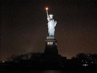 круиз с видом на гавань Нью-Йорка