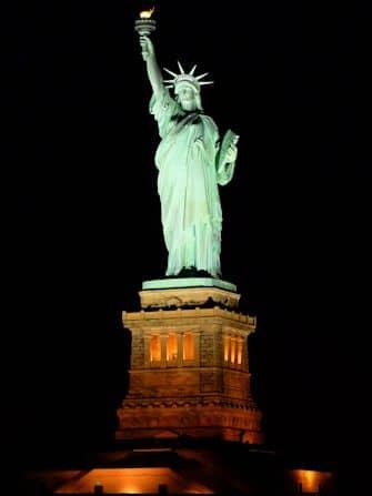 Прогулочный круиз по Нью-Йорку с ужином - Статуя Свободы