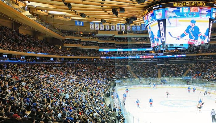 New-York-Rangers-Game-at-Madison-Square-Garden