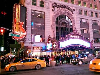 Разнообразие ресторанов Нью-Йорка Hard-Rock-Cafe