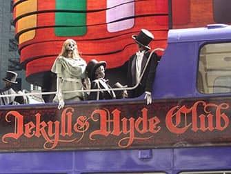 Разнообразие ресторанов Нью-Йорка Jekyll-and-Hyde-Club