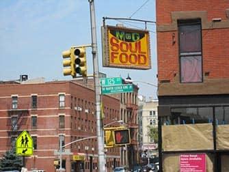 Гарлем в Нью-Йорке Душевная еда