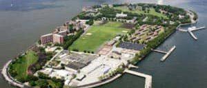 Губернаторский остров в Нью Йорке
