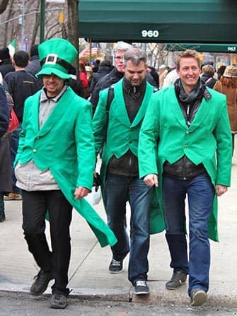 День Святого Патрика в Нью-Йорке в зеленом