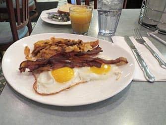 Завтрак в Нью-Йорке Westway-Diner
