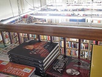 Книжный магазин Strand Book в Нью-Йорке книги