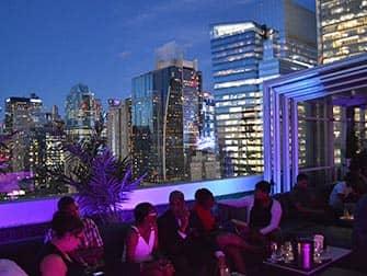 Лучшие бары на крышах в Нью-Йорке Skyroom