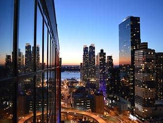 Лучшие бары на крышах Skyroom-in-New-York