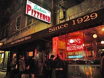 Лучшие пиццерии в Нью-Йорке John's pizza