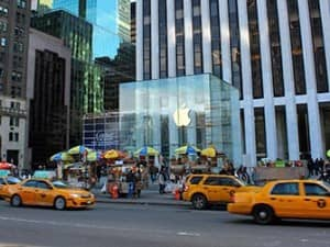 Магазин Apple в Нью Йорке