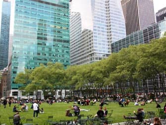 Парки в Нью-Йорке bryant парк