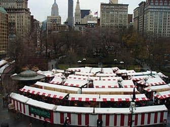 Рынки в Нью-Йорке на рождество