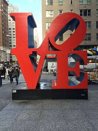 День Святого Валентина в Нью-Йорке LOVE
