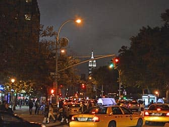 Вест-Виллидж в Нью-Йорке ночью