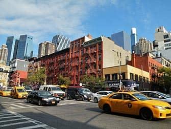 Хеллс Китчен (Клинтон) в Нью-Йорке такси