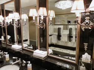 Общественные туалеты в Нью Йорке