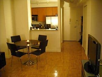 Работать и жить и в Нью-Йорке квартира в Манхэттене