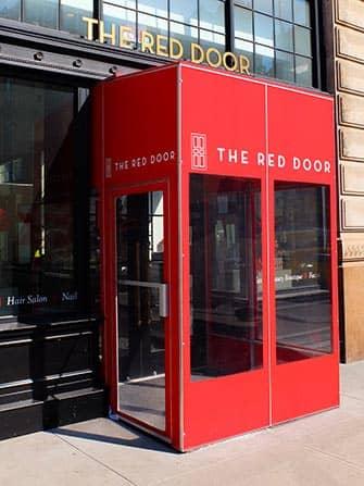 Салоны красоты в Нью-Йорке Red Door Spa