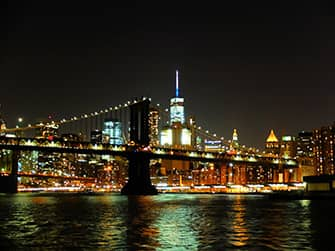 Круиз с ужином по реке Гудзон в Нью-Йорке - вид на город