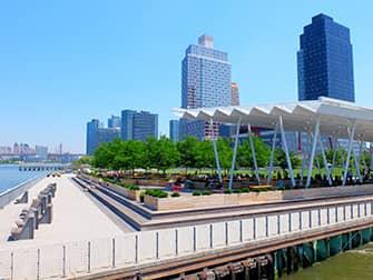 NYC Ferry в Нью-Йорке - Квинс