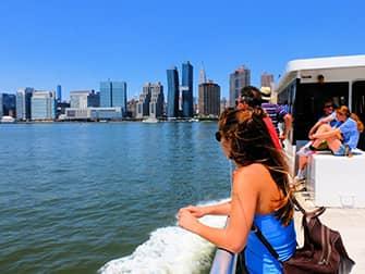 NYC Ferry в Нью-Йорке - поездка на пароме